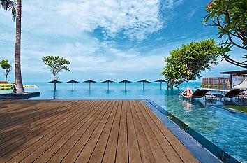 klöpferholz terrasse holzterrasse ipe holz terrassendielen pool
